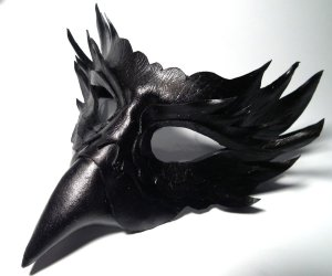 raven_leather_mask_by_shadows_ink-d53oxjv